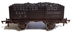 5 Plank Wagon Streeter Bros Weathered