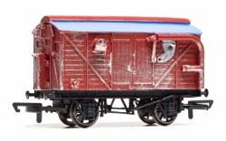 Dinosaur Hatchery Wagon