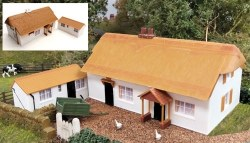 Fordhampton Farm House/Holiday Cottage Plastic Kit