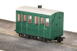 GVT 4-Wheel Enclosed Side Coach, Plain Green