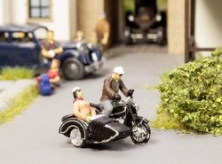 BMW R60 Motorbike with Sidecar (HO Scale)