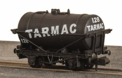10ft Wheelbase Tank Wagon Tarmac No 128