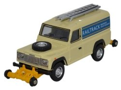 Road Rail Defender 'Railtrack'