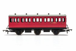 BR, 6 Wheel Coach, 3rd Class, Fitted Lights, E31070 - Era 4