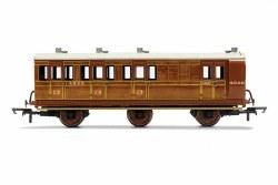 LNER, 6 Wheel Coach, Brake 3rd Class, Fitted Lights, 4589 - Era 3