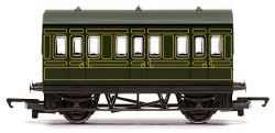 Four Wheeled Coach SR Lined Maunsell Olive Green