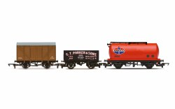 Tripple Wagon Pack, Mixed Wagons with Box Van - Era 3