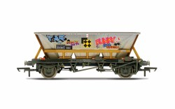 BR, HAA wagon with graffiti, 355855 - Era 8