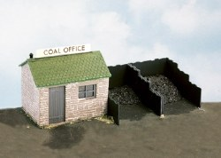 Coal Yard and Hut includes plastic 'coal'