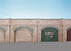 Brick Retaining Arches 4