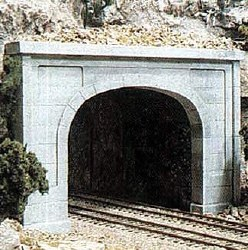 HO Scale Tunnel Port Concret Double (x1)