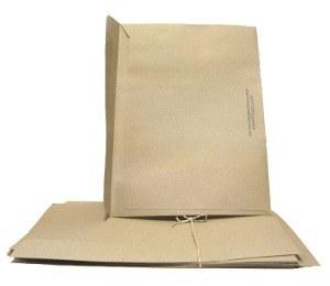C4 Lick Seal envelope A4 25pk