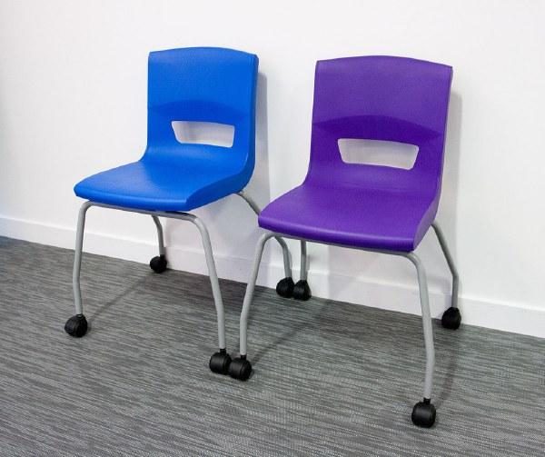 Postura Plus 4 Leg Mobile Chair