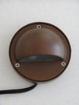 Light, A 600D Bronze