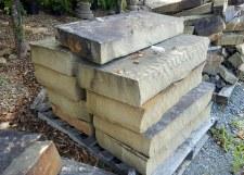 Stone, Chestnut Step, per step