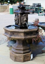 Fountain, Classic Lion