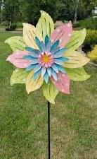 Kinetic, Pastel Flower Spinner