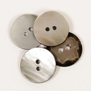 Drops Button 614 Round Moonbea