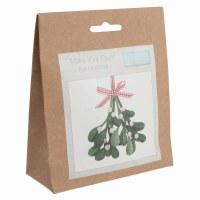 Felt Decoration Kit Mistletoe