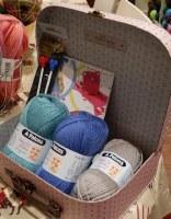 Knitting Kit Medium