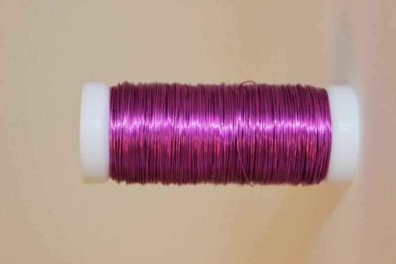 Mauve coloured decorative wire 50grams