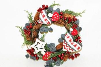 Christmas wreath with heart