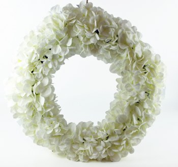 Artificial Christmas Door Wreath Snow/ Glitter 24""