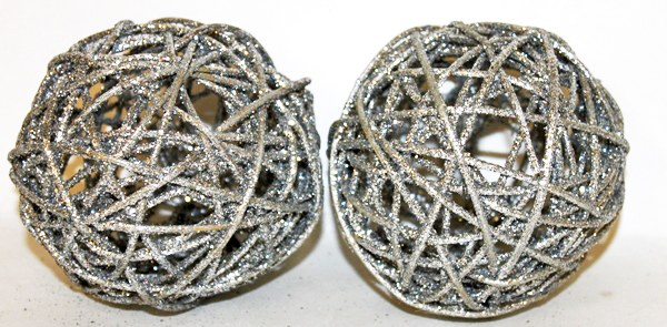 Silver glitter Christmas wicker spheres 5""