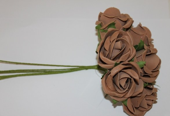 Brown small colourfast foam roses x 6-6cm