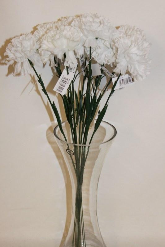 Silk white carnations x 12-46cm
