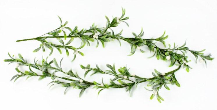 Artificial Mistletoe Christmas Garland 5ft