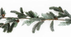 Christmas Pine Garland 5ft Frosted