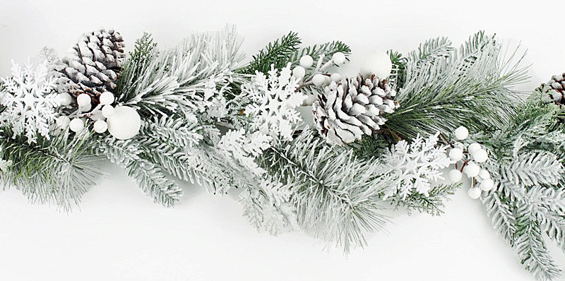 Christmas Artificial Snow Pine Cone Garland 4ft