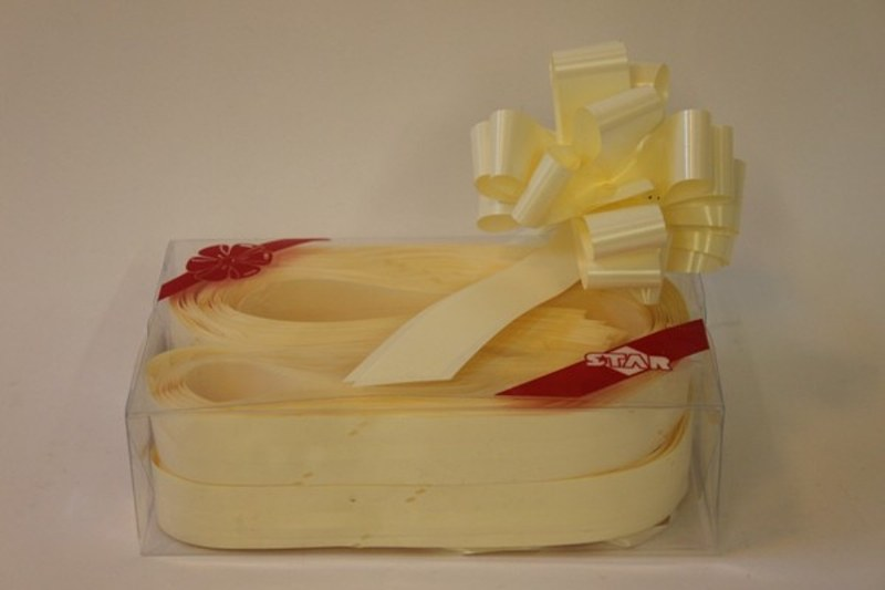 Box of 30 eggshell 31mmribbon pullbows-P125