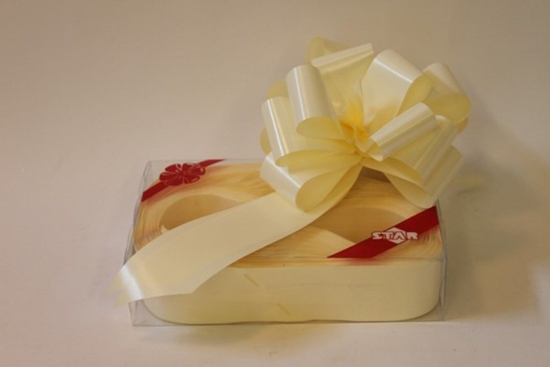 Box of 20 eggshell 50mm ribbon pullbows-P125