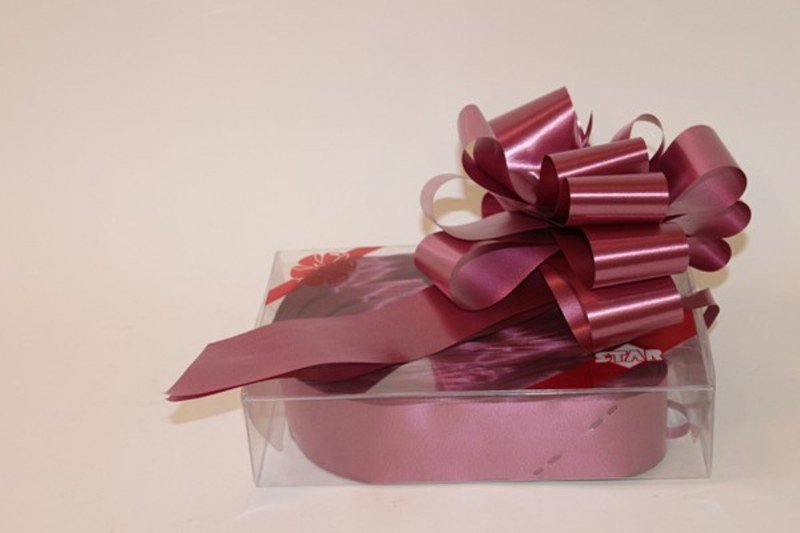 Box of 20 Claret pull bows 50mm
