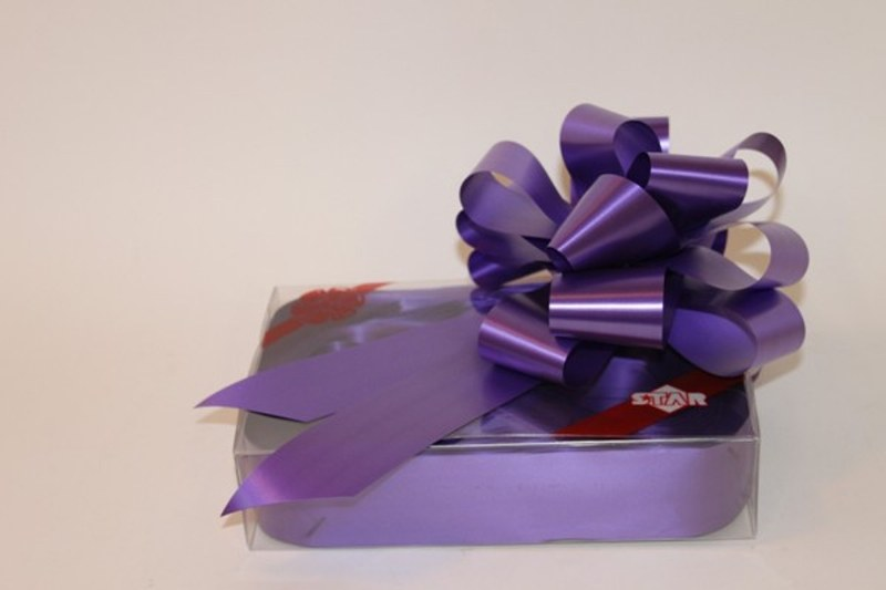 Box of 20 purple 50mm ribbon pullbows-P49