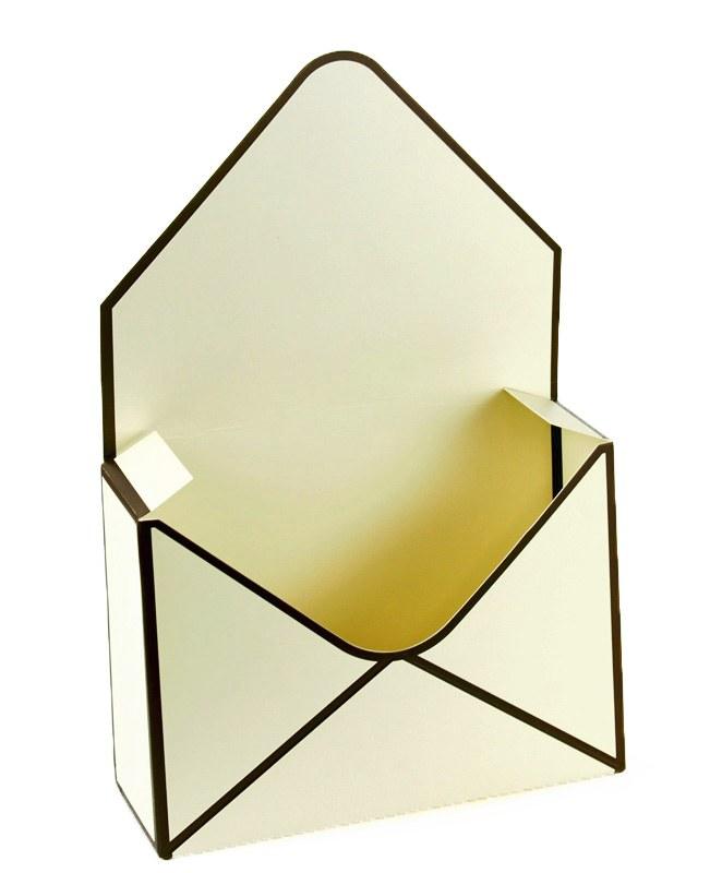 Envelope Flower Box Cream x 10