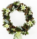 Christmas edewiess rattan door wreath