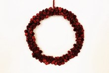 Red Christmas pine cone wreath 30cm