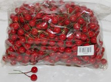 Red Christmas berries 12mm
