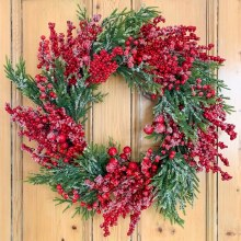 Berry Frosted Christmas Wreath 24""