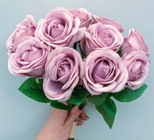 Closed Rose Bunch Blush Pink x 10 Stems