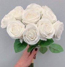 Closed Rose Bunch White x 10