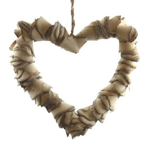 Wooden wicker heart 24cm