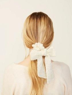 Velvet Scrunchie Scarf Ivory