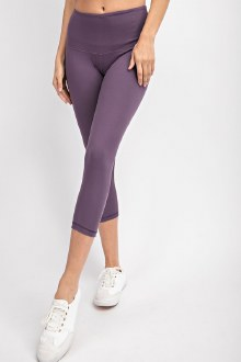 Capri Butter Leggings: Violet