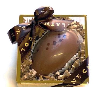 Chocolat Moderne Hazelnut Hystérie Milk Chocolate Easter Egg