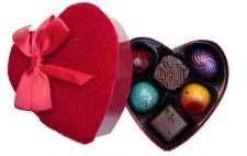 Petite Velvet Heart Truffle Box 6pc
