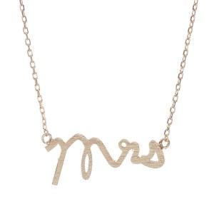 Cursive Script Mrs Pendant Necklace Gold